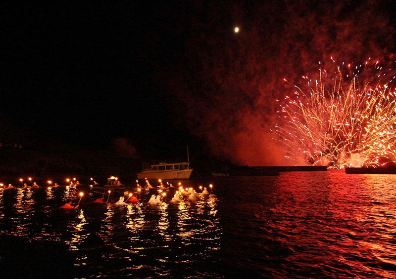 オーシャンビューのお部屋は海女祭り海上花火の特等席